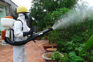 Hơn 40 công nhân bị ngộ độc thuốc diệt côn trùng nguy hiểm ra sao?