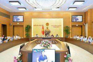 Thường vụ Quốc hội sẽ chất vấn thành viên Chính phủ