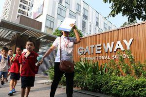 Sau vụ bé 6 tuổi tử vong, trường Gateway thay toàn bộ xe đưa đón
