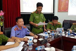 Hà Nội: Khởi tố 2 đối tượng ném cát, dọa đánh công an đang làm nhiệm vụ