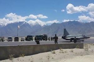 Căng thẳng leo thang, Pakistan tăng cường vũ khí tới căn cứ sát biên giới Ấn Độ