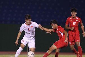 Thắng đậm Singapore, U18 Việt Nam tiến gần hơn tấm vé vào bán kết