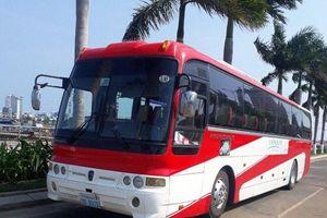 Xe khách 45 chỗ 'bốc hơi' khỏi bãi đỗ, tài xế đối diện mức đền 400 triệu