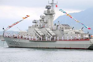 Báo Ukraine: Việt Nam mua động cơ tàu tên lửa Molniya - đóng thêm?