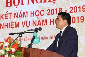 Hà Nội chỉ đạo giải quyết dứt điểm về xét tuyển giáo viên hợp đồng nhiều năm