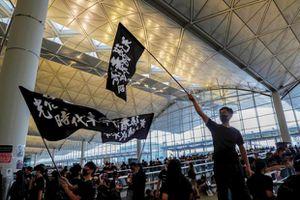 Sân bay Hong Kong nối lại một số chuyến bay trong ngày