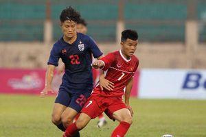 Dù đội nhà thi đấu tệ hại, báo Thái Lan vẫn tin U18 Việt Nam nằm kèo dưới