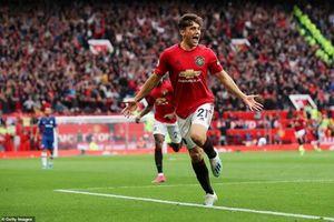 Sau vòng 1 Premier League: Thành Manchester rực sáng