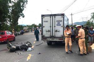 Người phụ nữ bán hương bị xe tải tông chết trên đường về nhà