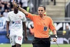 Klopp, Lampard nói gì về 'vua nữ' bắt chính trận Siêu cúp?