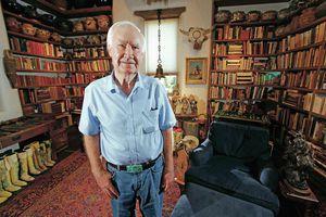 Cụ già Mỹ giấu kho báu 2 triệu USD trong núi, tặng cho ai tìm được