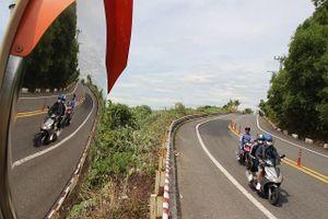 Đà Nẵng: Cần thêm biển báo, vạch giảm tốc trên bán đảo Sơn Trà