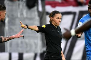 Klopp và Lampard 'thích' trọng tài nữ bắt chính trận Siêu cúp châu Âu
