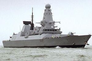 Vừa tham gia liên minh của Mỹ, Anh lập tức điều tàu chiến tới Vịnh Ba Tư