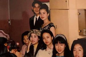 Khoe ảnh 25 năm trước, mẹ Huyền My xinh đẹp ngời ngời và giống hệt con gái