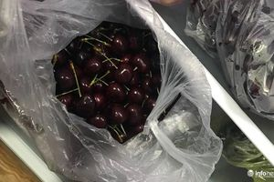 Trái cây ngoại nhập rẻ ê hề: Khó phân biệt cherry Mỹ, cherry Trung Quốc