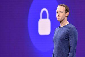 Facebook đã thu thập âm thanh từ một số cuộc trò chuyện trên Messenger, thuê bên thứ ba nghe và sao chép lại