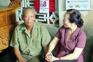 Hải Phòng: Lãnh đạo thành phố thăm, tặng quà nạn nhân chất độc da cam