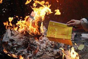 Đốt vàng mã rằm tháng 7: Những sai lầm tuyệt đối cần tránh