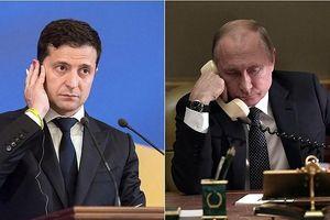 Vì sao Ukraine cấp quyền công dân cho người Nga là 'món quà quý' cho ông Putin?