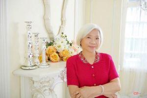 Nữ sĩ Doãn Linh bí ẩn với thi phẩm 'Khi đêm nở rộ như hoa'
