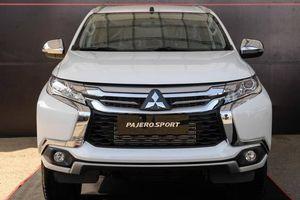 Mitsubishi Pajero tiếp tục giảm giá gần 100 triệu đồng