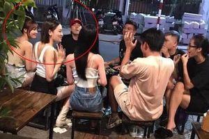 Facebook sao Việt hôm nay (15/8): Thêm bằng chứng Ninh Dương Lan Ngọc đang 'hẹn hò' cùng Chi Dân
