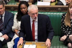 Đảng Lao động đòi hạ bệ Thủ tướng Johnson và trì hoãn Brexit