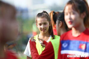 Bộ đôi cầu thủ Việt kiều tỏa sáng trong buổi tập cùng U19 Việt Nam