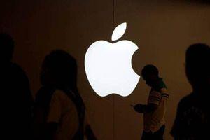iOS có đến 10 lỗ hổng bảo mật khiến máy có thể bị tấn công từ xa