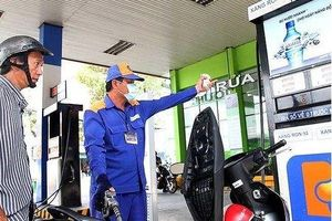 Giá xăng có thể giảm 400 đồng/lít từ hôm nay