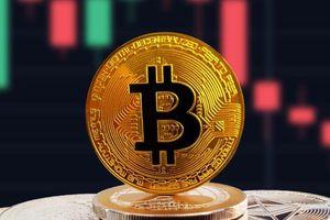 Giá Bitcoin 16/8: Đừng vội bán BTC, xu hướng dài hạn vẫn tăng
