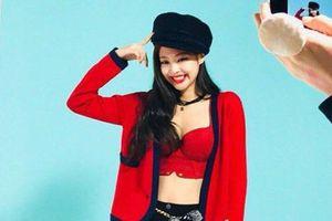 Jennie được khen eo thon, vóc dáng đạt chuẩn 'biểu tượng Kpop'