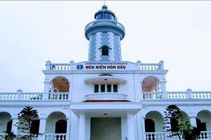 Dấu tích ngọn hải đăng hơn 100 năm tuổi trên đảo Hòn Dấu