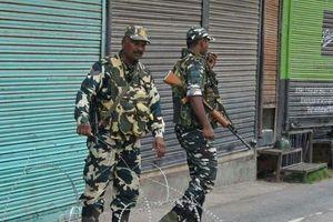 Ấn Độ và Pakistan lại đấu súng ác liệt ở biên giới