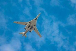 Kinh ngạc tầm bay cực đại của máy bay ném bom Tu-160