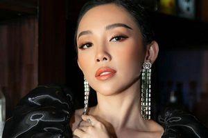 Không cần hàng hiệu trăm triệu, Tóc Tiên vẫn bất phân thắng bại khi đụng hàng hoa hậu Rich Kid Jolie Nguyễn