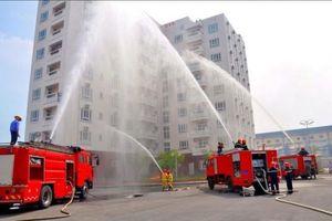 Bất chấp nguy cơ cháy nổ, 2.600 công trình vẫn được đưa vào sử dụng