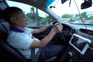 Hệ thống cảnh báo chống ngủ gật trên ô tô của nhóm sinh viên TP.HCM