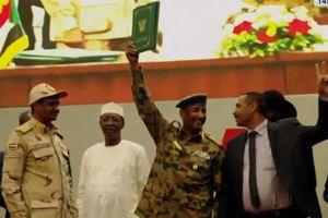 Sudan đạt thỏa thuận lịch sử, người dân đổ về Thủ đô ăn mừng