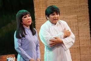 Thanh Kim Huệ - Chí Tâm tái hợp 'Lan và Điệp' sau 45 năm