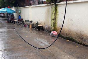 Tai nạn hy hữu: Tử vong vì đang uống cà phê bị dây điện rớt trúng