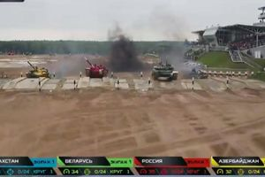 Ảnh ấn tượng chung kết Tank Biathlon 2019 giữa Nga, Belarus, Kazakhstan, Azerbaijan