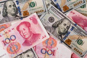 Nguy cơ khôn lường của cuộc chiến dắt dây: Từ thương mại sang tiền tệ, từ tiền tệ sang lãi suất