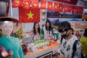 Bún nem, chè đỗ xanh Việt Nam tham gia Lễ hội Ẩm thực ASEAN 2019 tại Myanmar