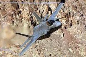 Xem chiến đấu cơ F-35 chao liệng ngoạn mục ở Thung lũng Chết của Mỹ
