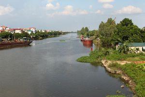 Phát hiện xác chết trôi trên sông Hồng đoạn qua địa phận Yên Bái