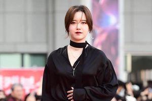Sau khi kết hôn, Goo Hye Sun bị chê ngày càng mặc xấu, make up lỗi