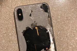 Bạn nổi điên khi Apple không cho thay pin ngoài nhưng họ đã đúng