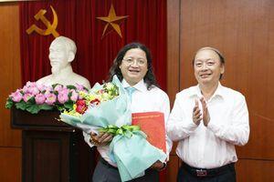 Ông Nguyễn Minh Nhựt giữ chức Vụ trưởng Vụ Văn hóa - Văn nghệ